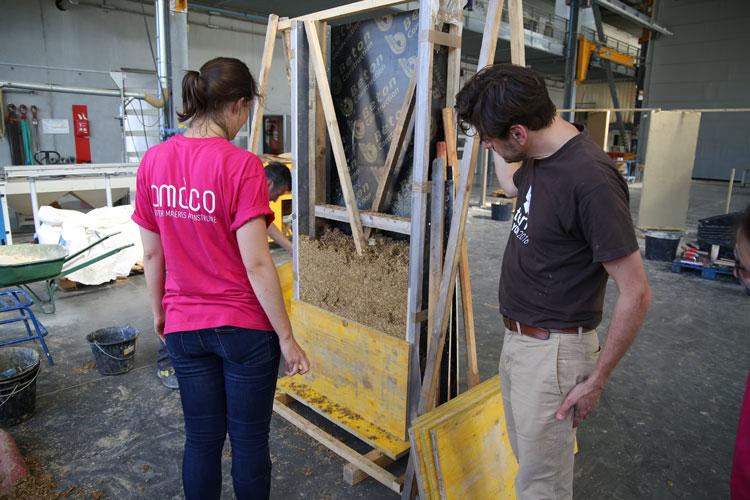 Les partenaires du projet Cycle Terre se sont retrouvés à Villefontaine aux Grands Ateliers pour suivre une formation conçue spécialement pour eux par amàco