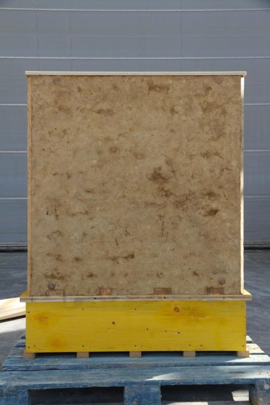 Prototype e mur en terre coulée sans ciment ni additifs — crédit : amàco