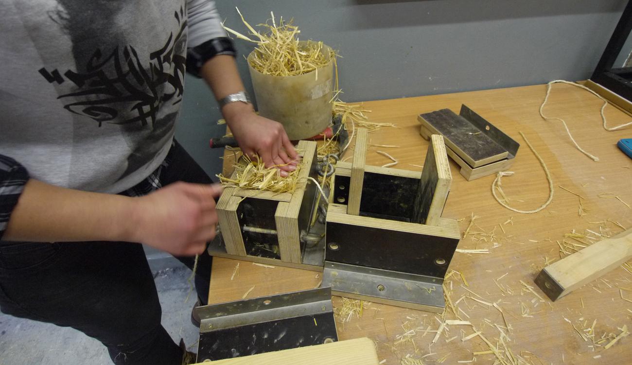 Construction biosourcées : construire en paille et en terre crue en master UFR PhITEM – UGA