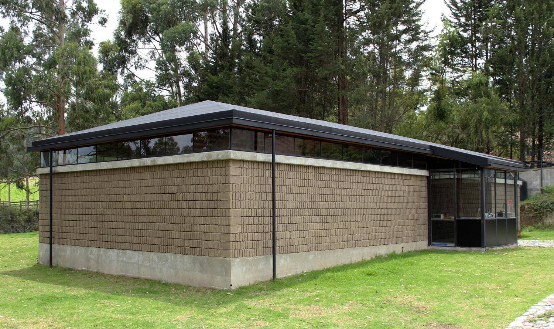 Maison et Galerie d'art en adobe – Chaquiñan taller de arquitectura