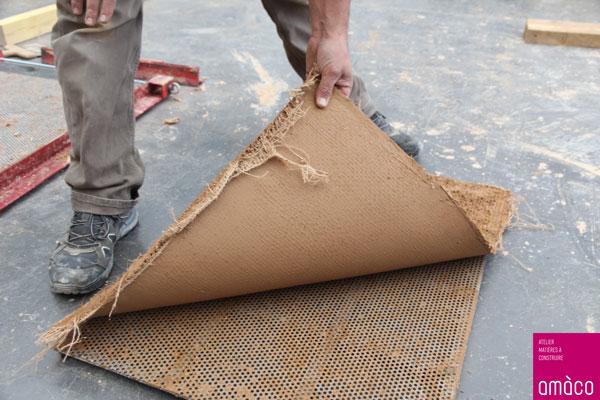Recherche et développement de panneaux intérieurs et autres matériaux en terre crue ©amàco