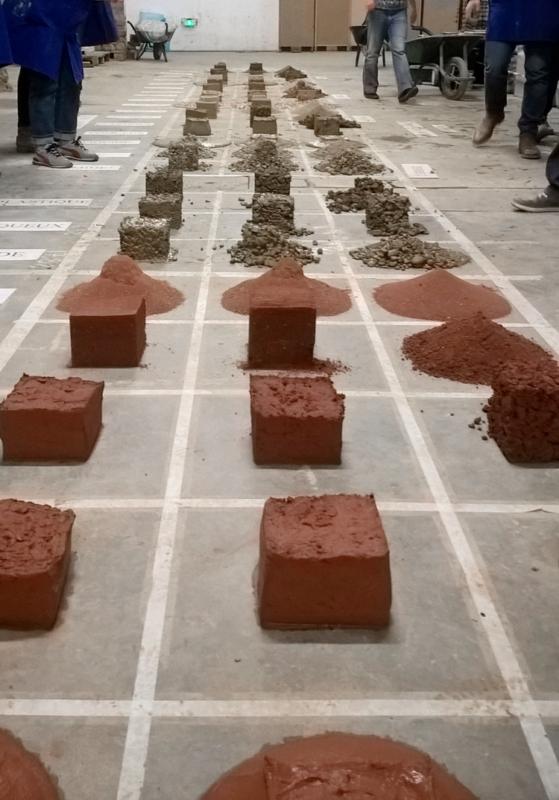 Module enseignement dédié à la terre crue aux étudiants du DSA de l'ENSAG © amàco