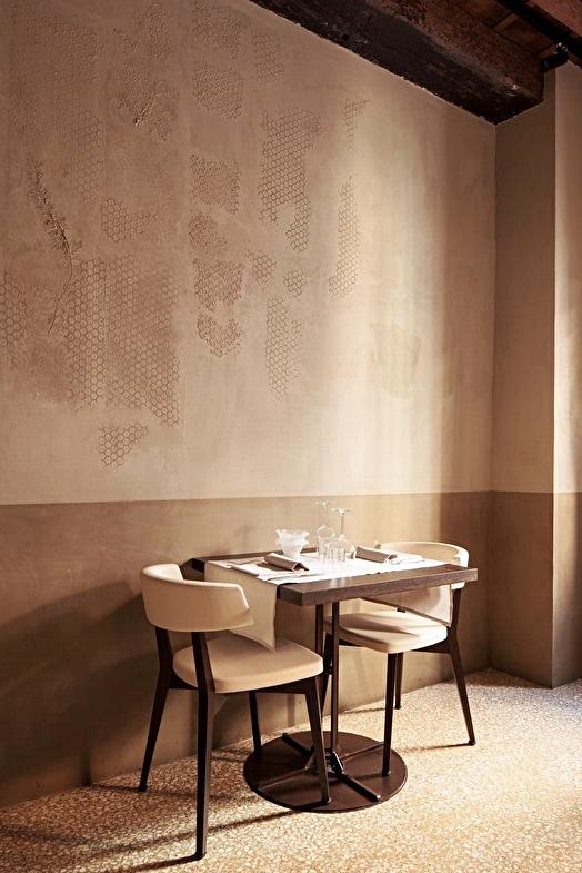Enduits dans un restaurant à Venise © Isabella Breda