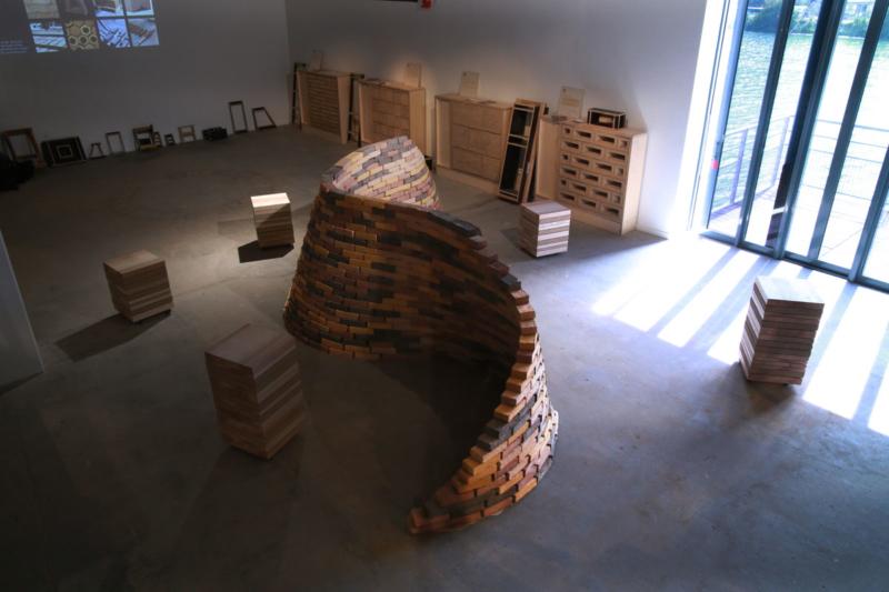 Mur courbe à la manière d'Eladio Dieste ©amàco