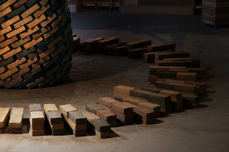 Spirale de briques ©amàco