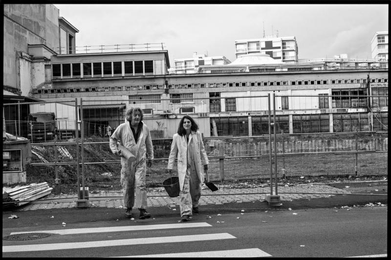 Pierre Meunier et Marguerite Bordat, duo rêveurs et concepteurs des créations de la Compagnie, en pleine immersion pour « La Vase ». © Jean Louis Fernandez