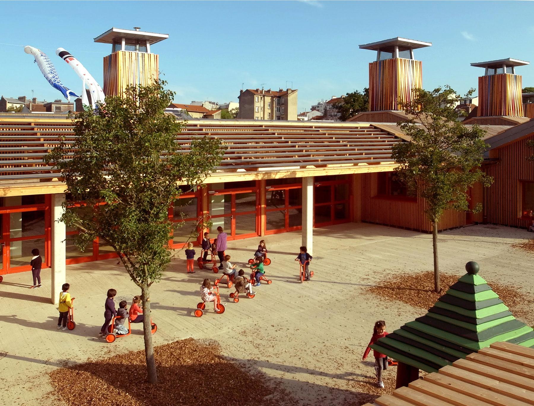 L'école des Boutours 2 : la paille porteuse pour la première fois dans un établissement recevant du public