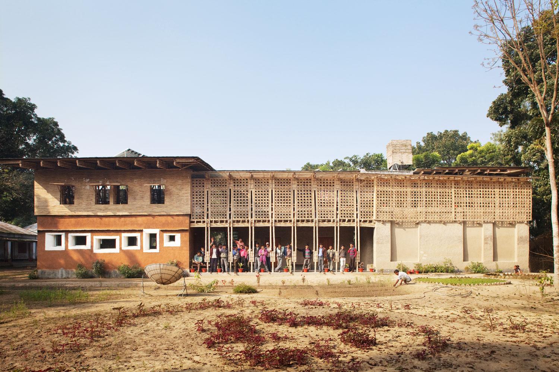 Centre de formation pour électricien à Rudrapur au Bangladesh par Anna Heringer