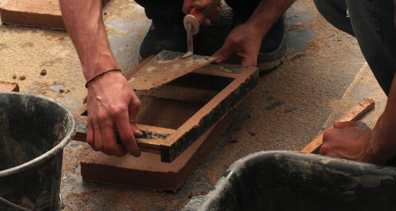 Construire en terre crue aujourd'hui – PRATIQUE